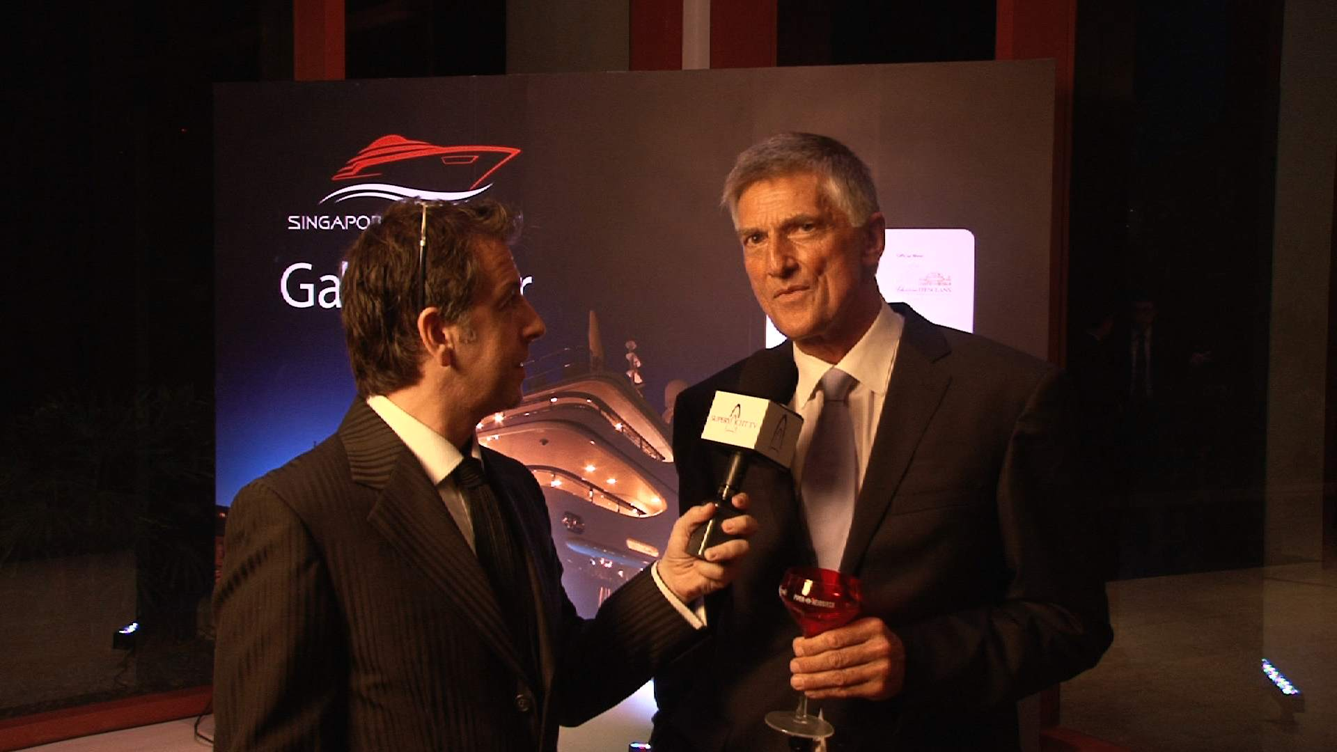 2012 Singapore Yacht Show – with Mike Simpson (Simpson Marine) in the Gala Dinner